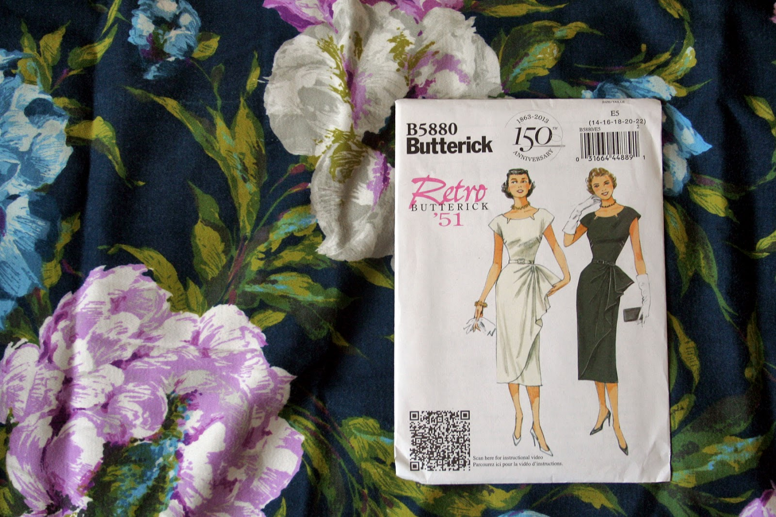 Butterfly Balcony- Fall For Cotton - Butterick 5880 - Fabric