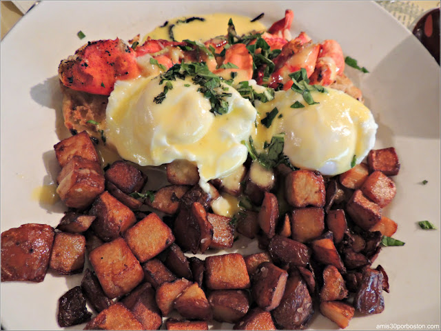 Huevos Benedictinos con Langosta en Bar Harbor, Maine