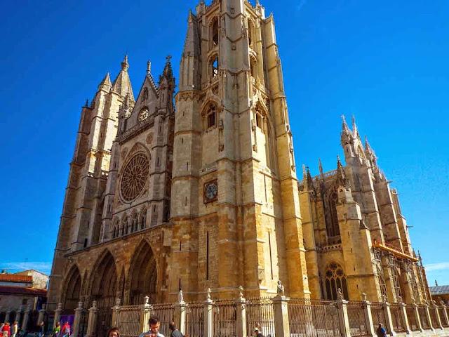 Catedral de León Camino de Santiago Francés