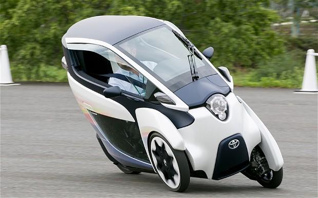 i-Road-Kendaraan-Masa-Depan-Perpaduan-Motor-dan-Mobil-dari-Toyota