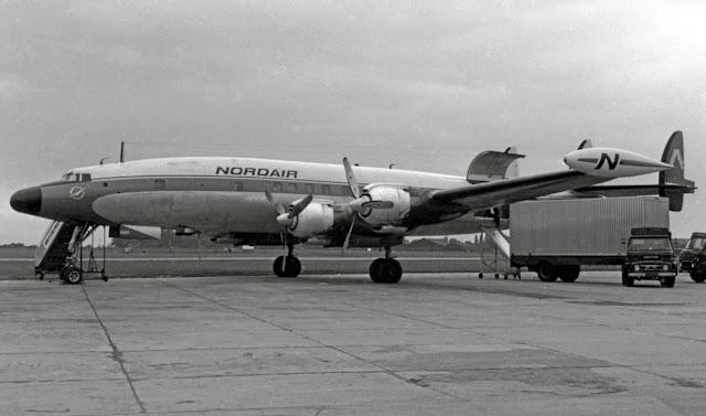 طائرة أمريكية من طراز لوكهيد L-1049 Super Constellation