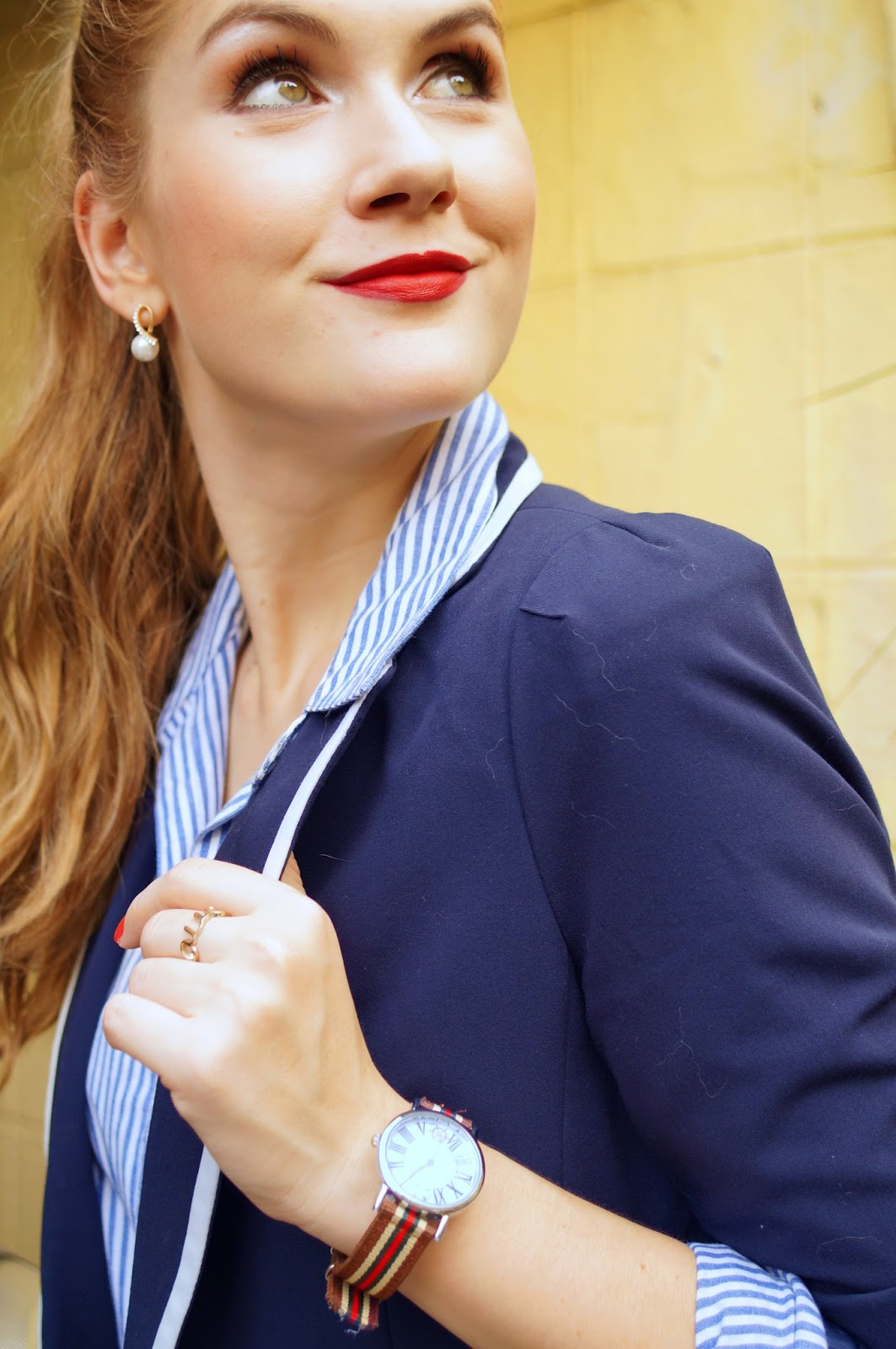 Love this navy blazer outfit!