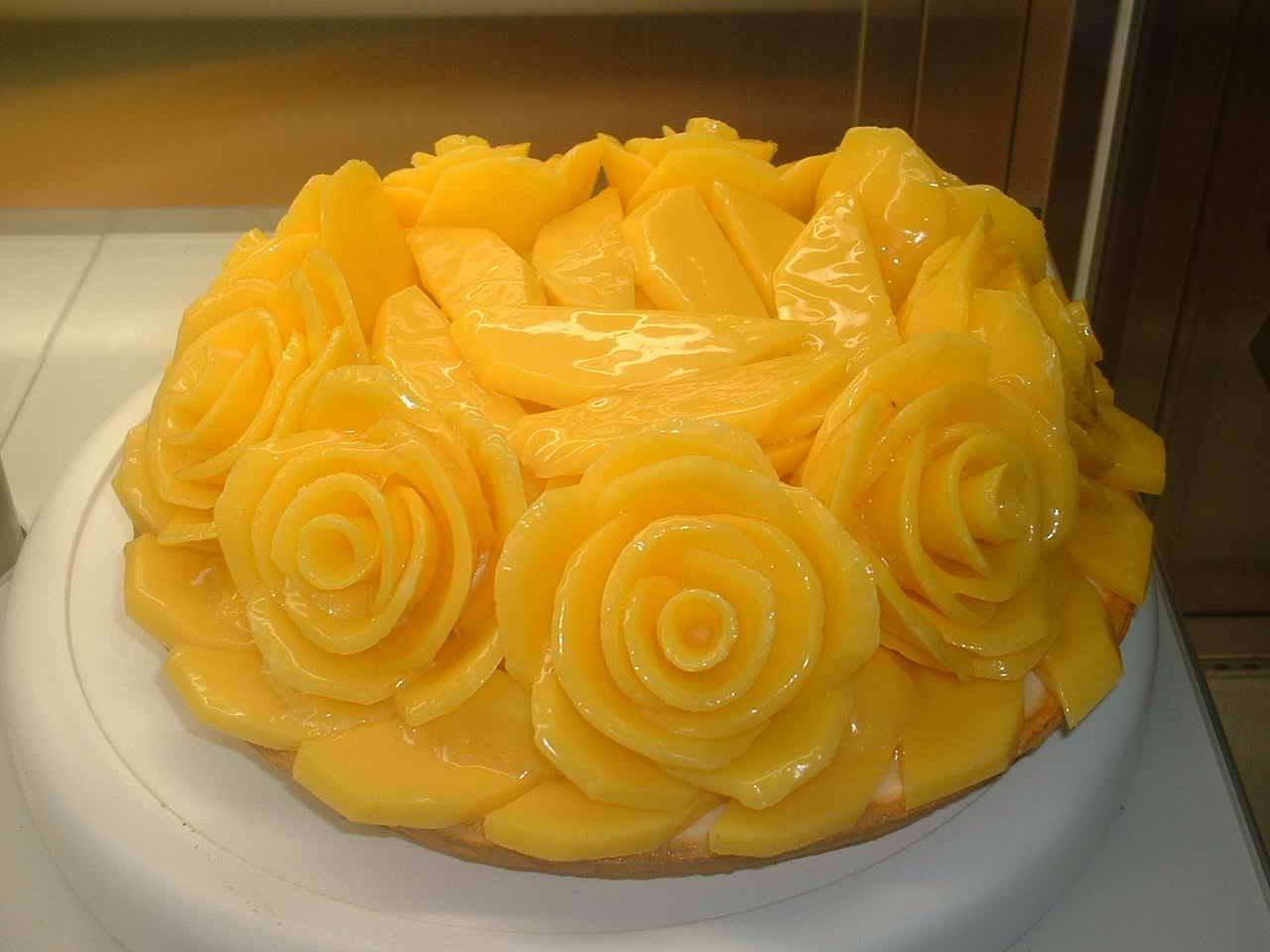 Japanese Layered Cake Recipe: IDEAS And DECOR: Japanese Fruit Cakes