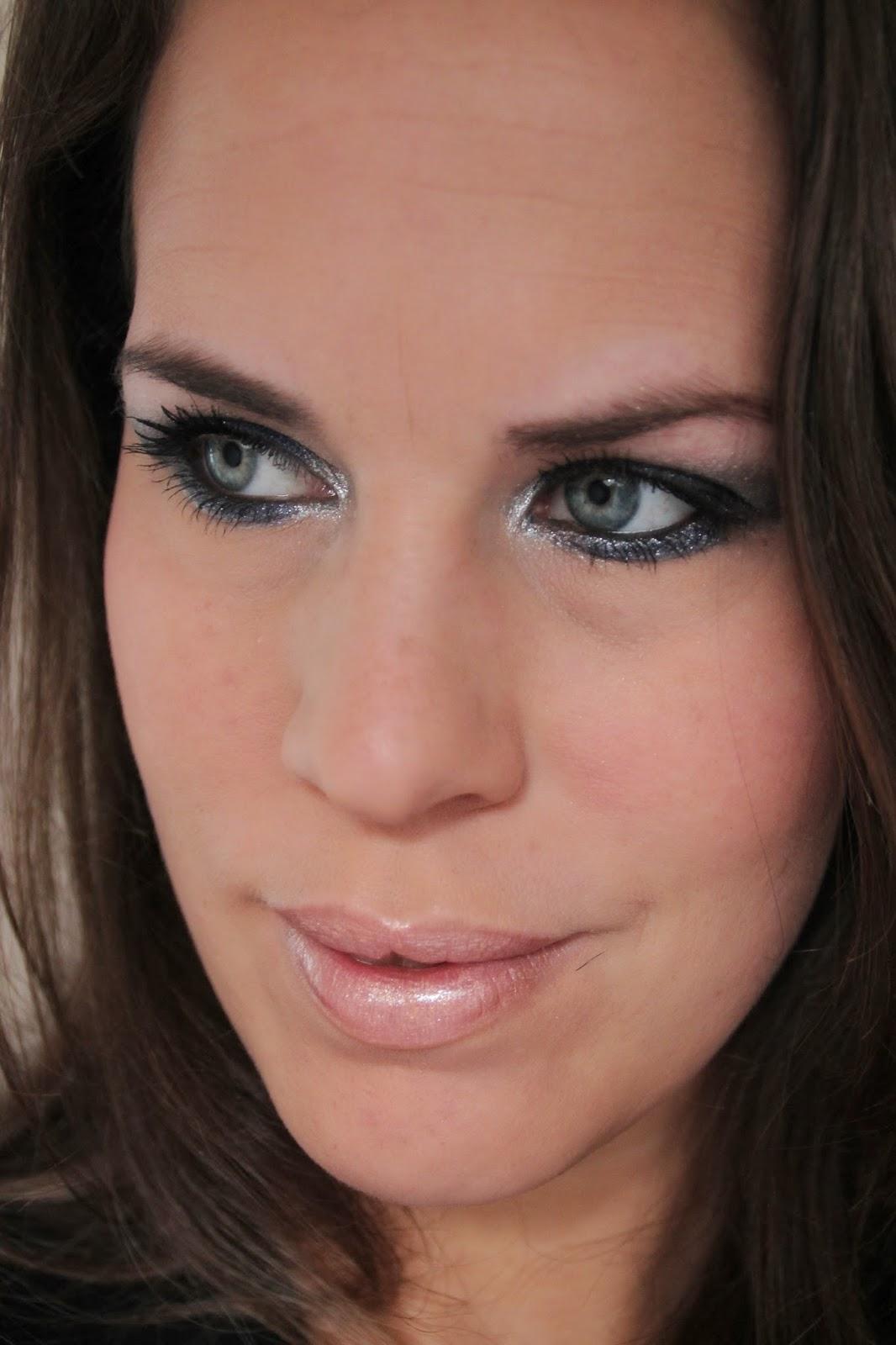Crystaliciousss Mac Hailey Williams Lipstick Sounds Like: Crystaliciousss: Make-up Studio Metallic Chic Look