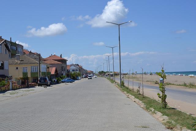 Karasu sahil yolu.