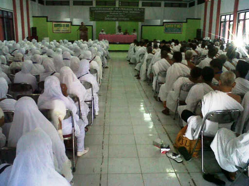 Calon Jamaah Haji Asal Subang Ikuti Bimbingan Manasik Haji