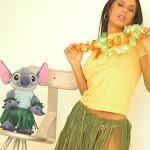 Andrea Rincon, Selena Spice Galeria 13: Hawaiana Camiseta Amarilla Foto 31