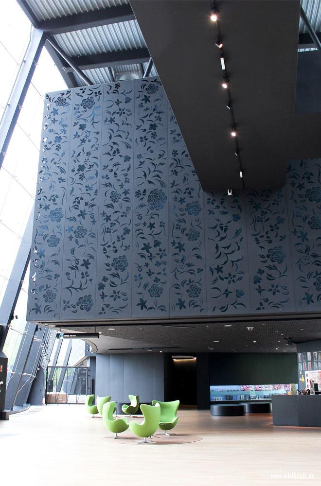 Balenciaga Museum in Getaria, Foyer