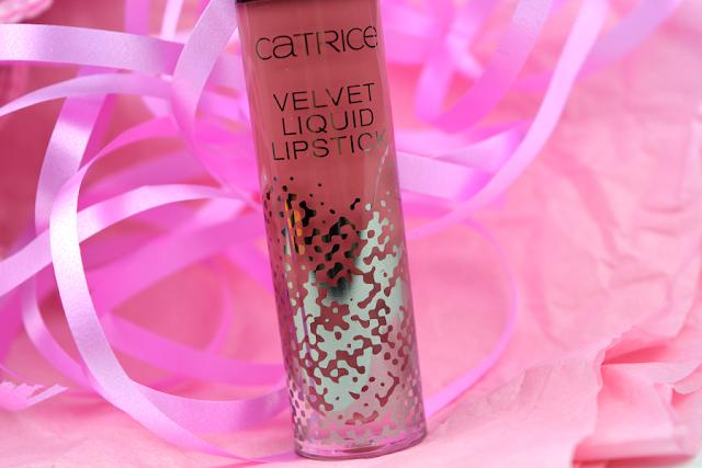 Catrice - Velvet Liquid Lipstick Nuance 02 Retro Rosiness | Design