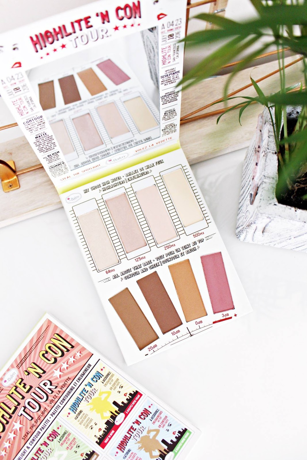 Paleta do konturowania i rozświetlania HIGHLITE'N CON TOUR the balm