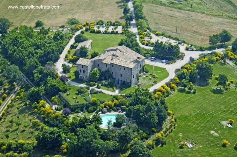 Casa de campo hecha de piedra en Umbria