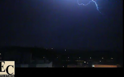 video tormenta eléctrica madrugada, 7 julio