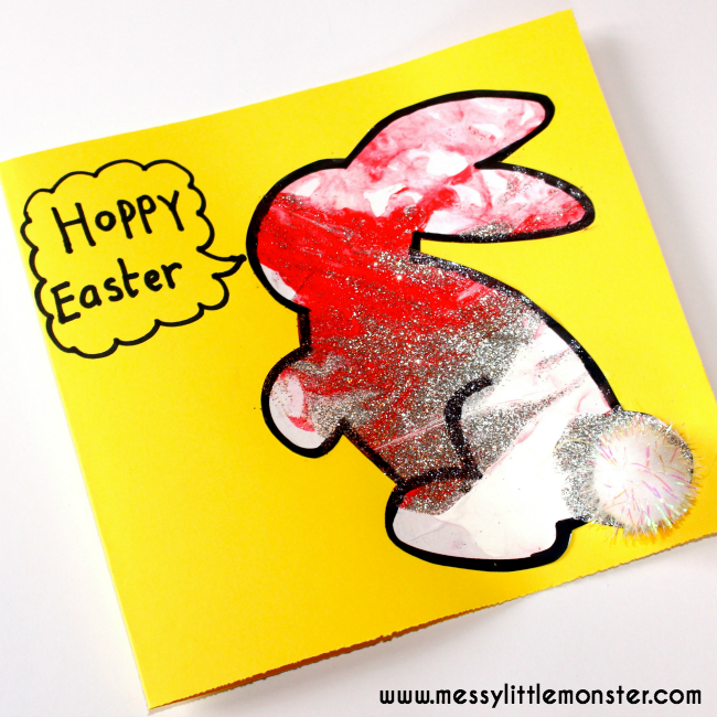 Easy bunny art for kids with a cute free printable. Hoppy Easter, a fun Easter craft project. Toddlers and preschoolers will love the fun painting idea used to decorate the bunnies.