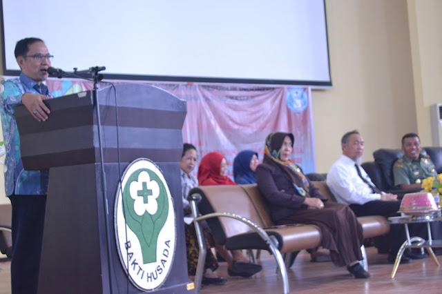 Direktur Politeknik Kesehatan Makassar Resmi Membuka PKKMB 2017