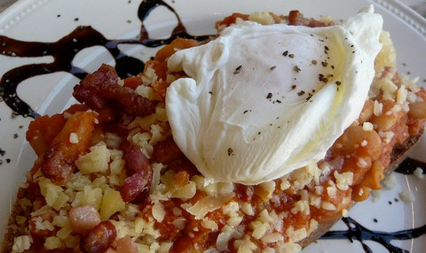 Baked Beans with Bacon and Poached Egg
