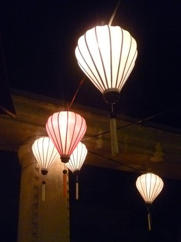 Lush Interiors Asiatische Lampions