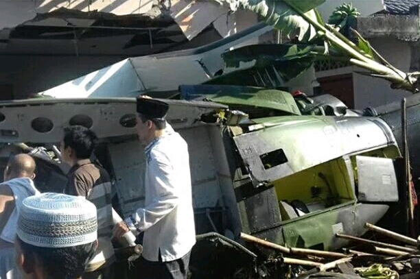 Helikopter Milik TNI kecelakaan