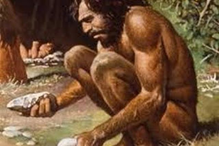 uomo abile, ominide ancora, ma in fase evolutiva
