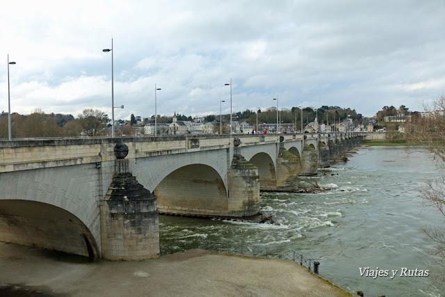 Puente Wilson, Tours