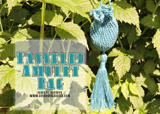 free Tasseled Crochet Amulet Bag pattern with tassel tutorial #diy #crochet