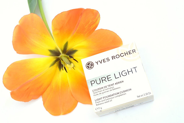 Yves Rocher cushion foundation pure light