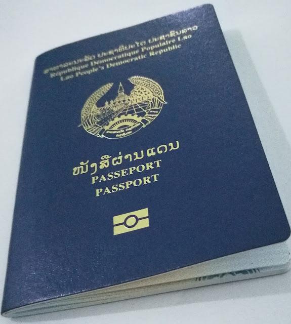 Mong tới ngày ta được xài hộ chiếu điện tử
