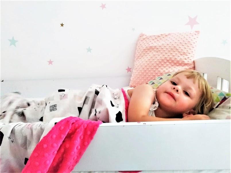 Mioklonie snu i inne zaburzenia snu dziecka