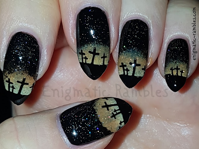 Graveyard-Halloween-Nails