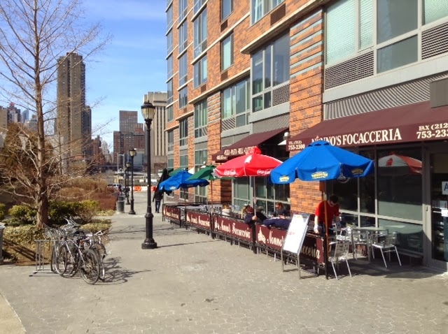 Yesterday S Spring Temperature And Sunshine Brings Return To Outdoor Seating At Roosevelt Island Restaurants