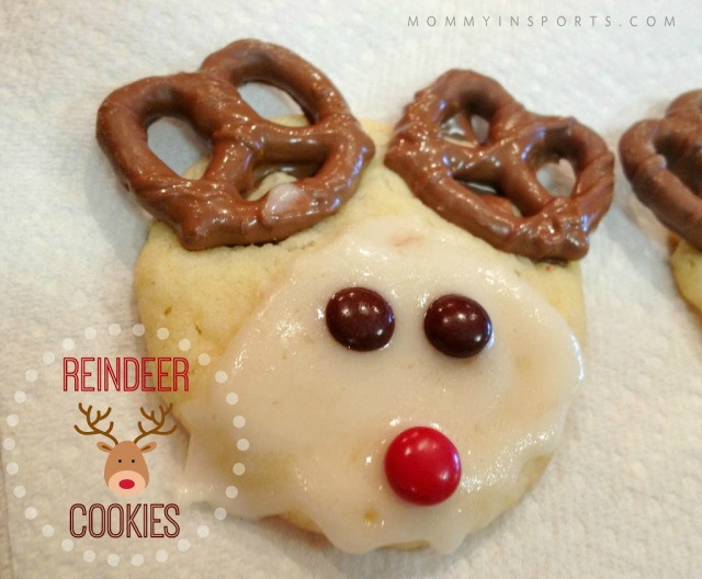 Reindeer Cookies with pretzels and M & Ms
