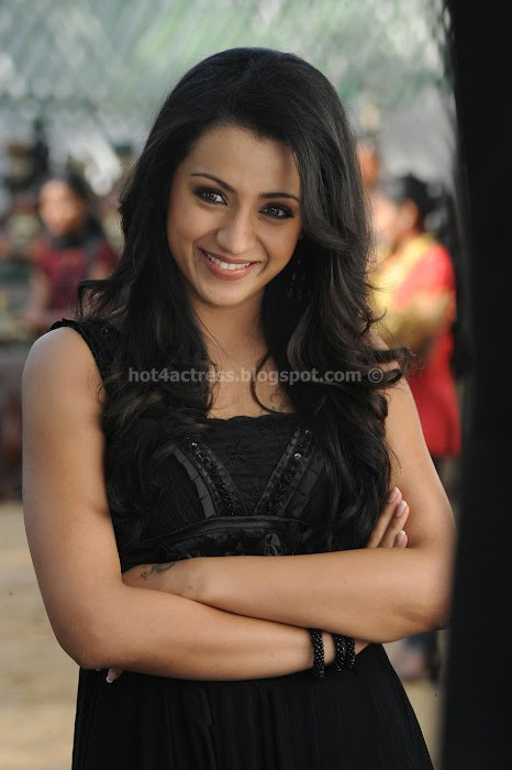 Trisha Latest photos from Dammu Movie