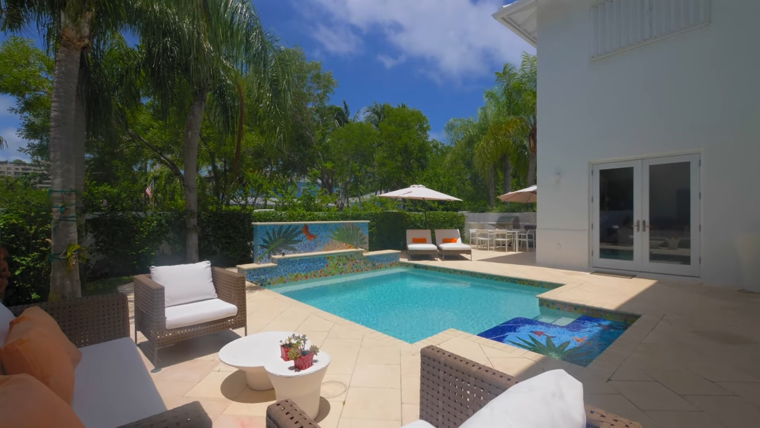 45 Interior Design Photos vs. 16 Turtle Walk, Key Biscayne, FL Luxury Home Tour