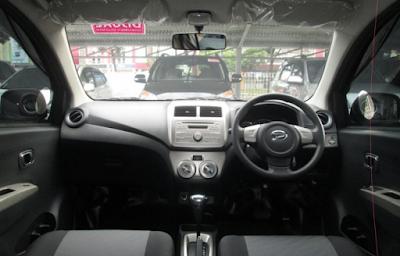 Interior Daihatsu Ayla