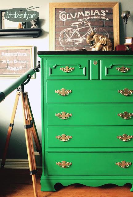 http://www.artisbeauty.net/2017/03/emerald-green-rescued-dresser-before.html