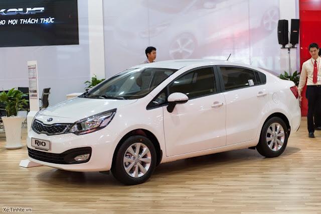 """2659466 Rio Sedan 1%2B(1) -  - Toyota Vios 2014 và Kia Rio 2015 sedan : Nên """"Chọn mặt gửi vàng"""" xe nào ?"""