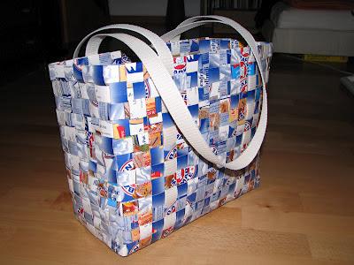 how to make a milk carton bag d i y done it 39 s. Black Bedroom Furniture Sets. Home Design Ideas