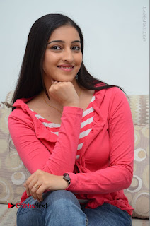 Telugu Actress Mouryani Latest Pos in Blue Denim Jeans  0119.JPG