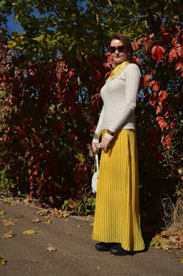 quaintrelle, georgiana, quaint, outfit, ootd, second hand, yellow, white