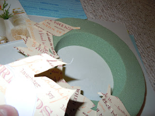 Easy to Create Christmas wreath projects with paper
