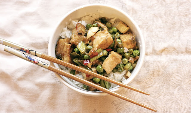 Tofu Scallion Peas & Chili Peppers- simplelivingeating.com