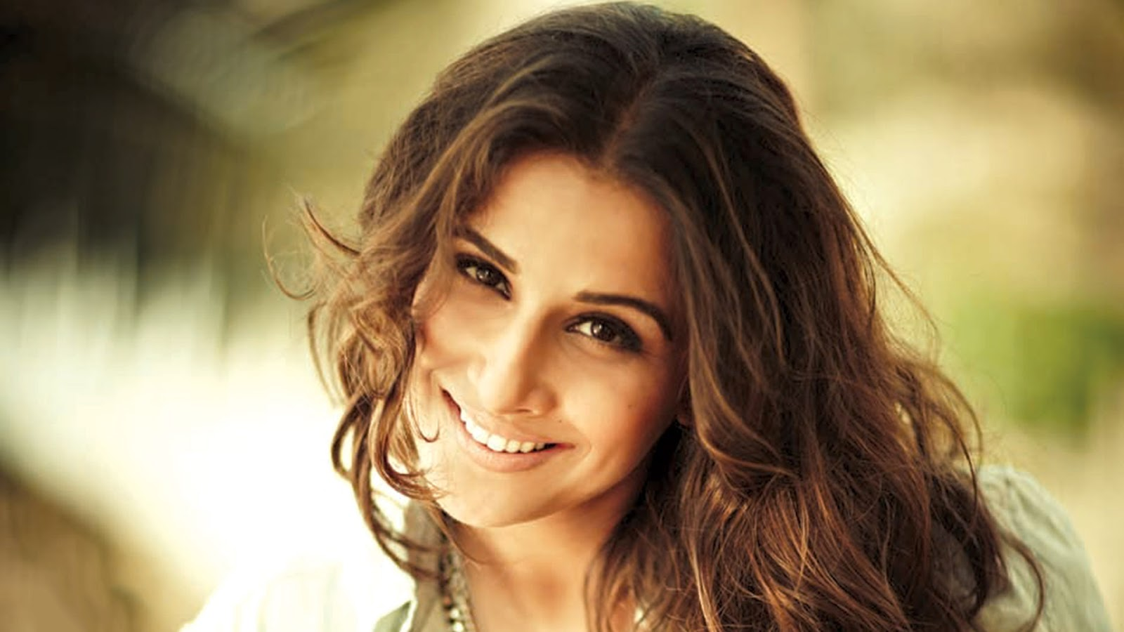 vidya balan wallpapers hd download free 1080p colorfullhdwallpapers