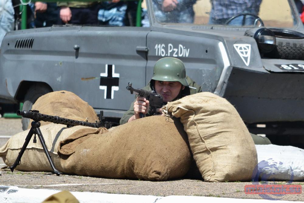 в луганске штурмовали рейхстаг