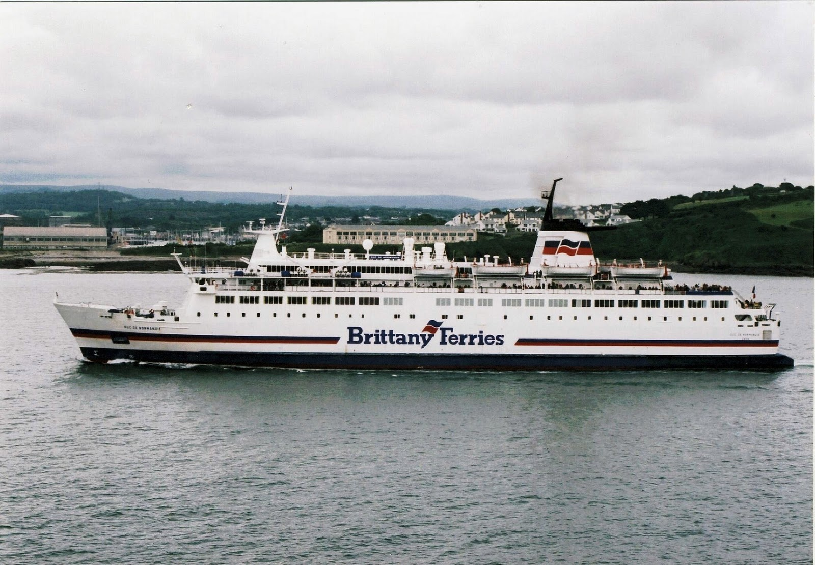 brittany ferries forty years of brittany ferries. Black Bedroom Furniture Sets. Home Design Ideas