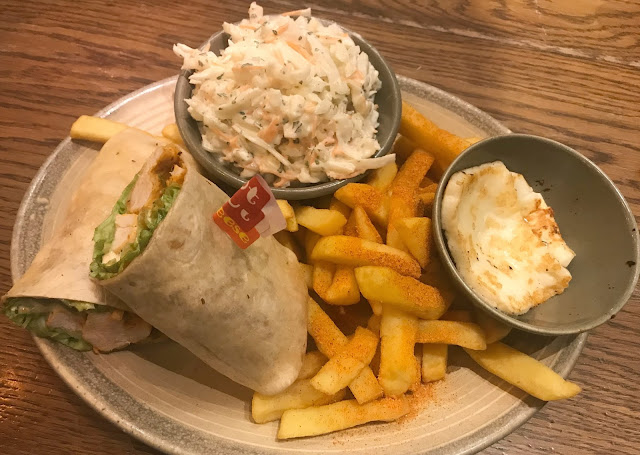 nando wrap meal with chips and coleslaw