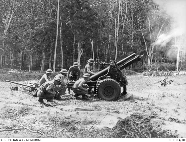 25-pounder in Malaya, January 1942 Worldwartwo.filminspector.com