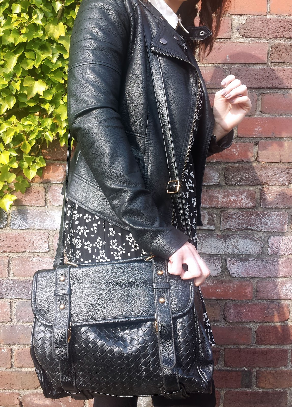Just For £5 Black Woven Satchel