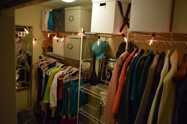 Organizing Small Closet Spaces at SpacesMadePerfect.com