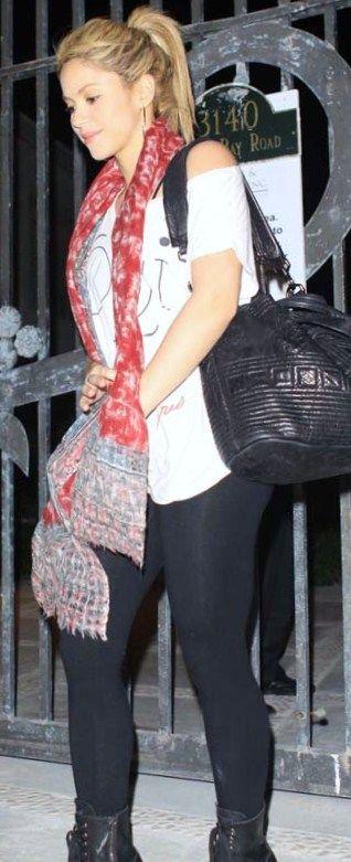 Dourdep Shakira Fashion Style