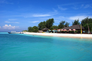 Obyek Wisata Pantai Senggigi