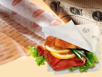 In túi giấy đựng bánh mỳ